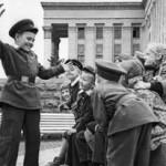 Стать лидером в коллективе: курс молодого бойца